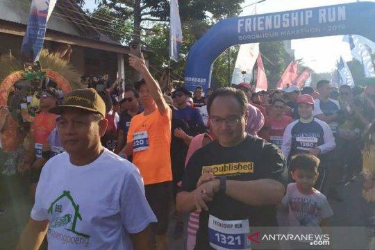 """""""Friendship Run"""" mengawali Borobudur Marathon 2019"""