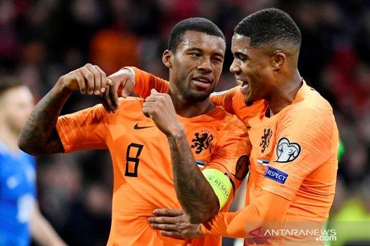 Belanda kalahkan Estonia 5-0