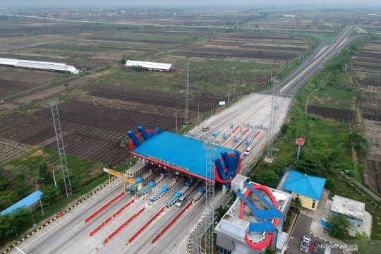 Rencana pemberlakuan satu arah tol Jakarta-Jateng