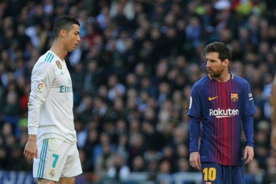 Wenger: Sepak bola masuki senjakala rivalitas Ronaldo dan Messi