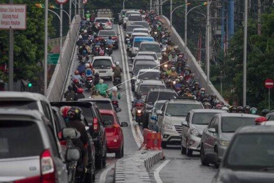 Dampak pembangunan jalan layang Purwosari Page 2 Small