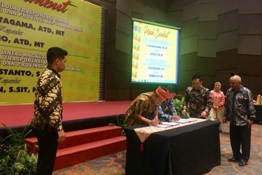 Pisah sambut Kepala BPTD Wilayah IV Riau-Kepri Page 1 Small