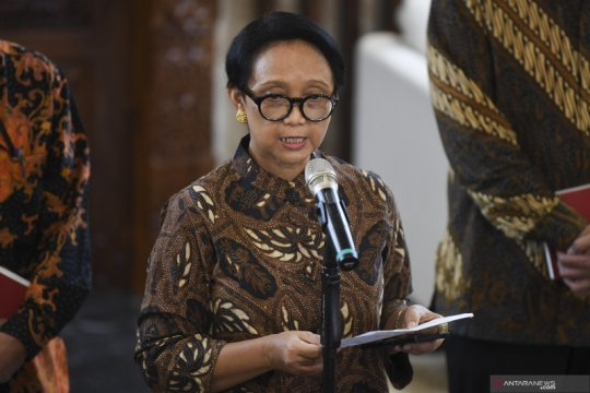 Government bars foreign nationals from visiting, transiting Indonesia
