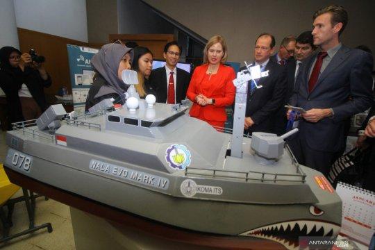 Menteri Belanda kunjungi ITS