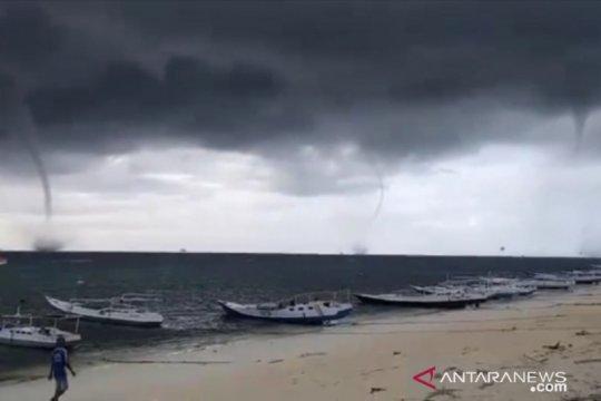 Fenomena Waterspout terjadi di Waduk Gajah Mungkur