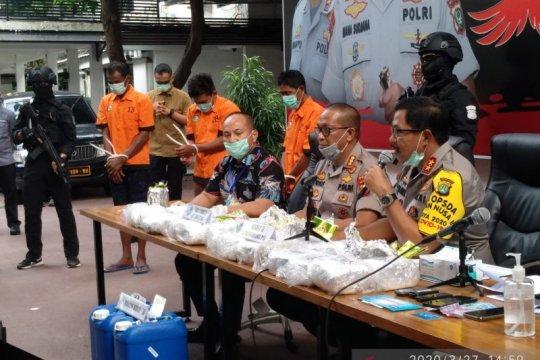 Polisi tangkap tiga bandar narkoba dan sita 27 kilogram sabu