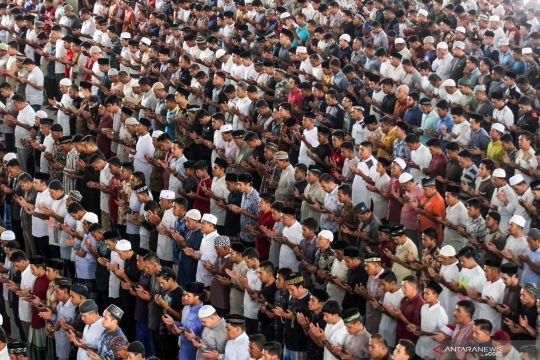 Masjid Agung Al Markazul Lhokseumawe tetap laksanakan shalat Jumat di