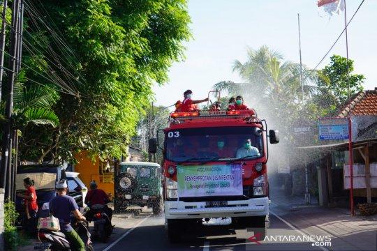 """ITDC semprot disinfektan di desa penyangga kawasan """"The Nusa Dua"""""""