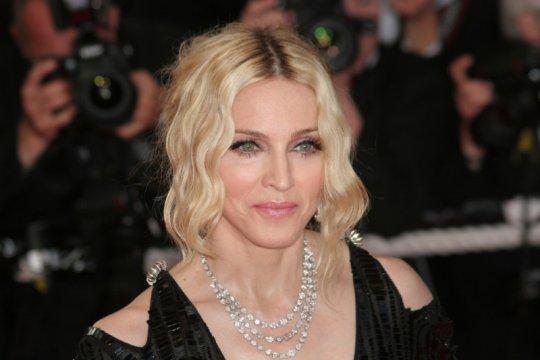 Madonna sumbang 1 juta dolar untuk bantu temukan vaksin corona