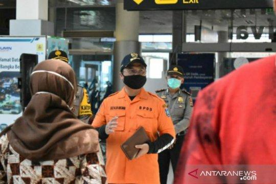 Pantau kegiatan di Bandara Depati Amir, Gubernur Babel beri semangat kepada Satgas