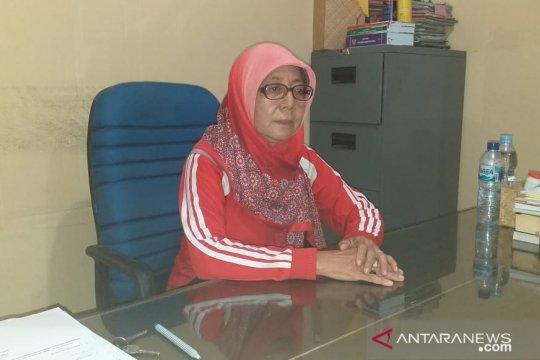 Permintaan berkurang, harga daging ayam di Belitung turun