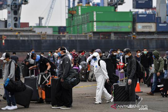 WNI pekerja di kapal pesiar MV Carnival Splendor tiba di Jakarta