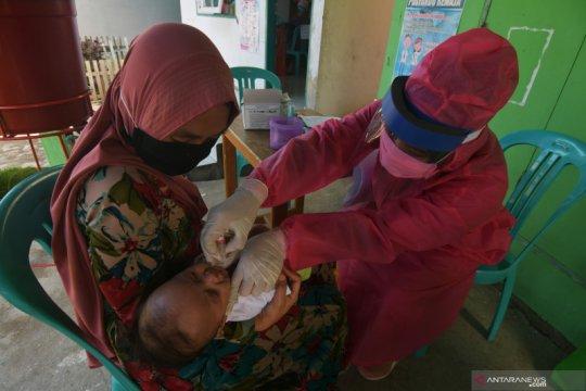 Layanan imunisasi tetap berjalan