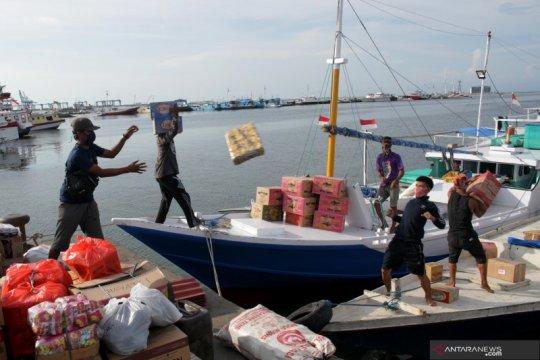Penyeberangan antar pulau di Makassar sepi penumpang