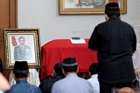 Prabowo Subianto berduka cita atas meninggalnya Djoko Santoso
