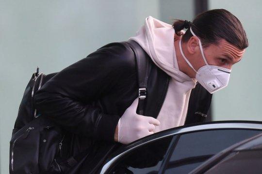 Zlatan Ibrahimovic dilaporkan akan kembali ke kampung halamannya di Swedia
