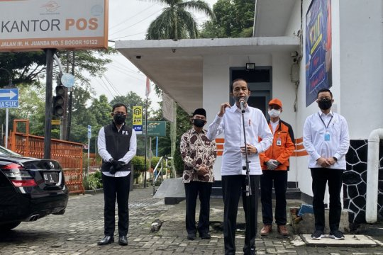 Jokowi nilai penyerahan tunai di Bogor berjalan baik