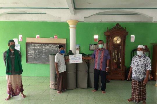 PT Timah salurkan bantuan perlengkapan ibadah ke Masjid Belolaut