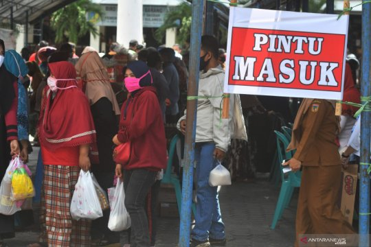Pasar murah jelang Lebaran di Palu