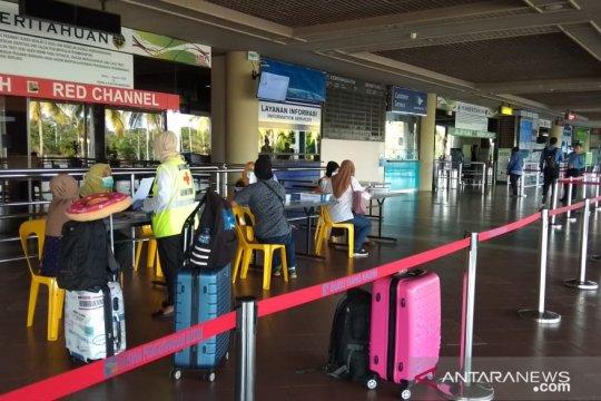 Pemeriksaan di Bandara Hang Nadim Batam Page 3 Small