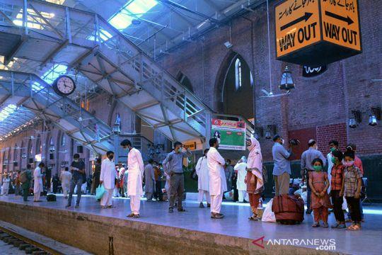 Jelang Idul Fitri Pakistan aktifkan kembali layanan kereta api