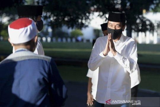 Presiden Jokowi shalat Idul Fitri di Istana Kepresidenan Bogor