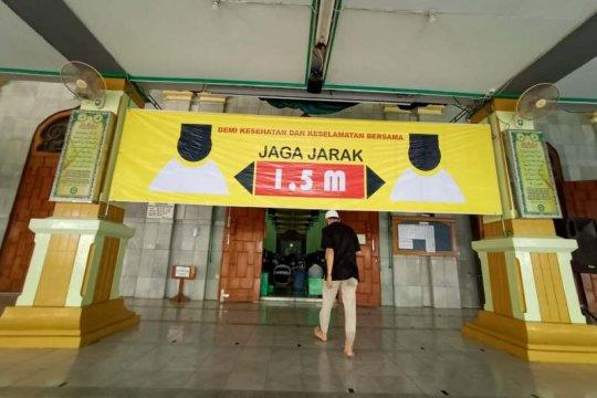 Masjid Agung Semarang gelar Shalat Jumat dengan terapkan  protokol kesehatan
