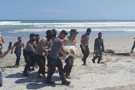 Jasad siswa SD tenggelam di Pantai Panjang ditemukan