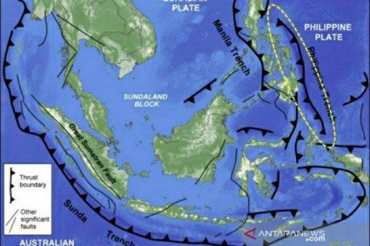Gempa magnitudo 7,1 di Sulut akibat subduksi Lempeng Filipina