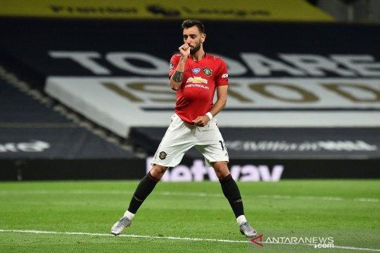 Manchester United amankan satu poin dari markas Tottenham Hotspur