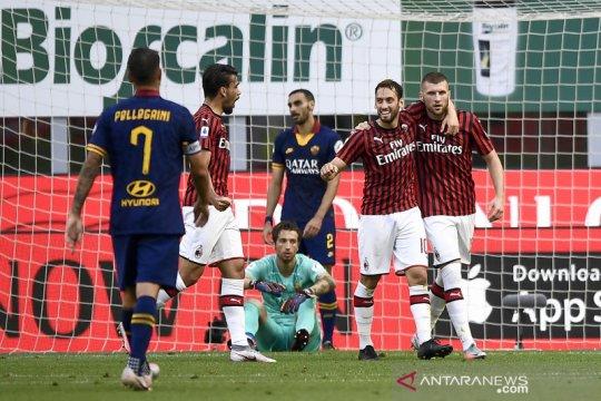 AC Milan menundukkan tamunya AS Roma 2-0 buka peluang ke Liga Europa