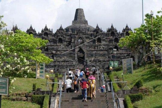 Zona 1 Candi Borobudur dibuka untuk umum Page 2 Small