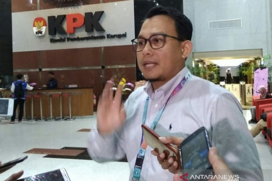 KPK perpanjang penahanan tiga bekas pimpinan DPRD Jambi