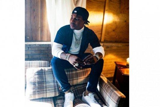 Penyanyi rap Lil Marlo meninggal akibat tembakan saat mengemudi mobil