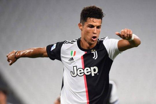 Cristiano Ronaldo mengukir sejarah saat Juventus taklukkan Lazio