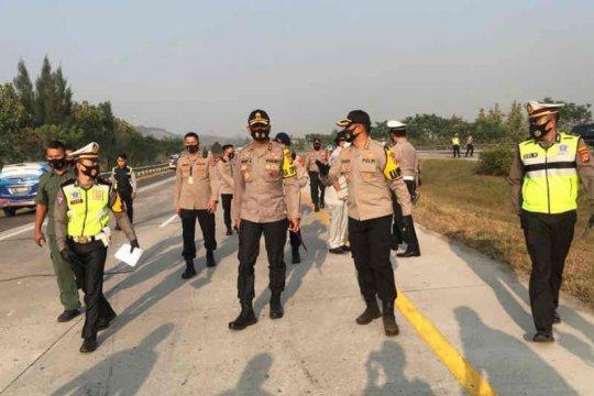 Kecelakaan Tol Cipali libatkan mikrobus dan Rush sarat penumpang, delapan tewas