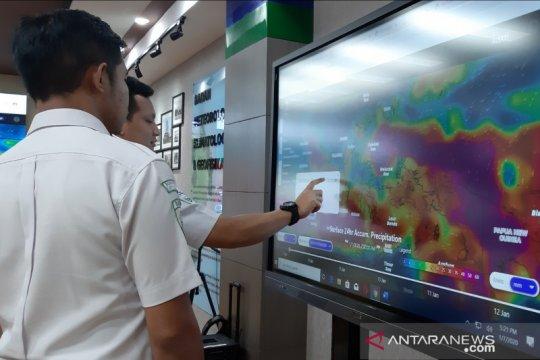 BPBD keluarkan peringatan dini potensi hujan lebat dan puting beliung di Jakarta