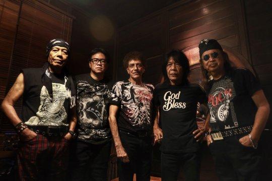 Band God Bless  merilis lagu baru