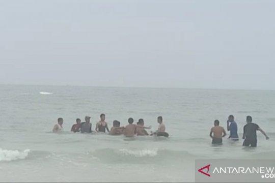 Anggota Brimob Tanjung Gunung tenggelam di pantai Matras