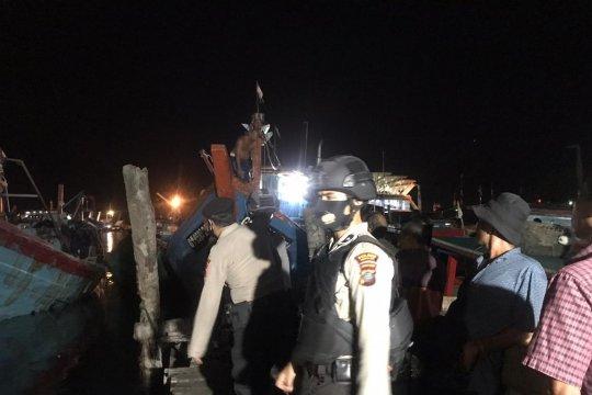 Dua kapal tabrakan, satu orang tewas dan enam luka-luka