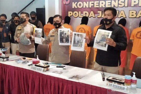 Pelemparan bom molotov di Bogor terkait foto Rizieq dibakar