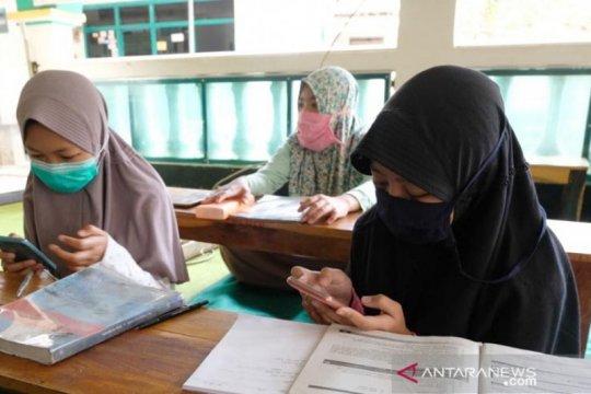 Kegiatan belajar mengajar di tengah pandemi terjebak keluhan