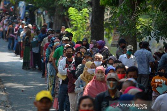 Penampakan antrean pendaftaran Banpres untuk UMKM di Jombang