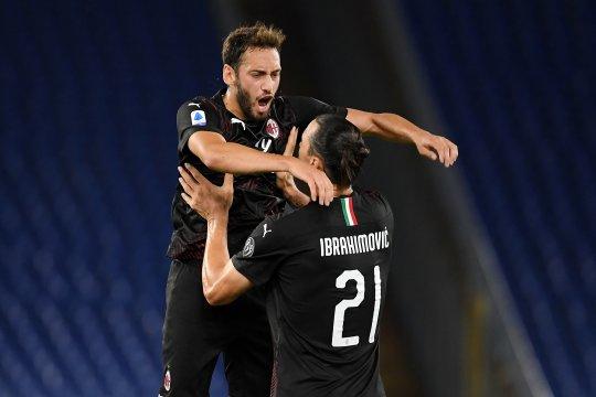 Zlatan Ibrahimovic antar Milan lolos ke putaran ketiga kualifikasi Liga Europa