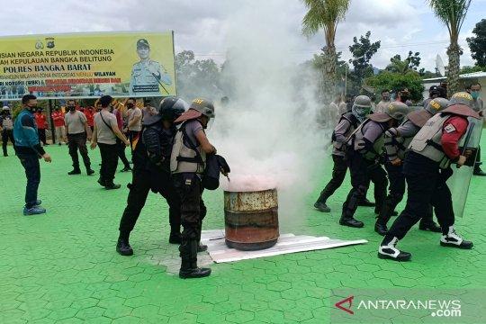 Polres Bangka Barat gelar simulasi penanganan unjuk rasa Pilkada 2020