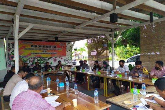 Bawaslu Bangka Tengah sosialisasikan penanganan sengketa pemilu