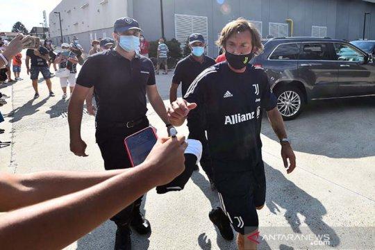 Pirlo lulus kualifikasi kepelatihan UEFA