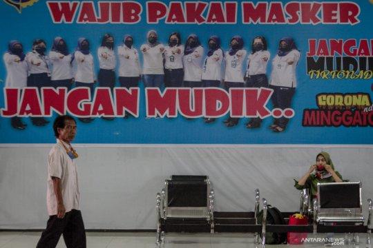 Dampak PSBB Jakarta di Terminal Tirtonadi Solo