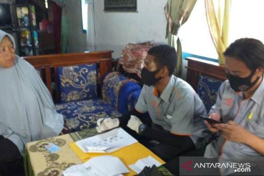 Pos Indonesia cabang Tanjung Pandan salurkan bansos tunai hingga ke pelosok