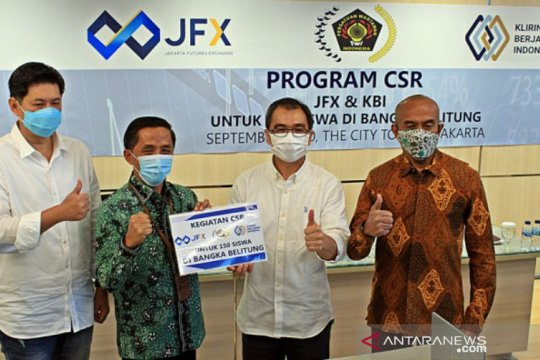 JFX-KBI serahkan bantuan peduli COVID-19 untuk 150 siswa Babel